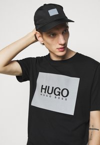 HUGO - UNISEX - Casquette - black - 2