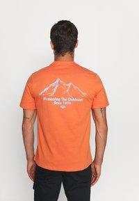 Hi-Tec - LUIZ - Print T-shirt - arabesque - 0