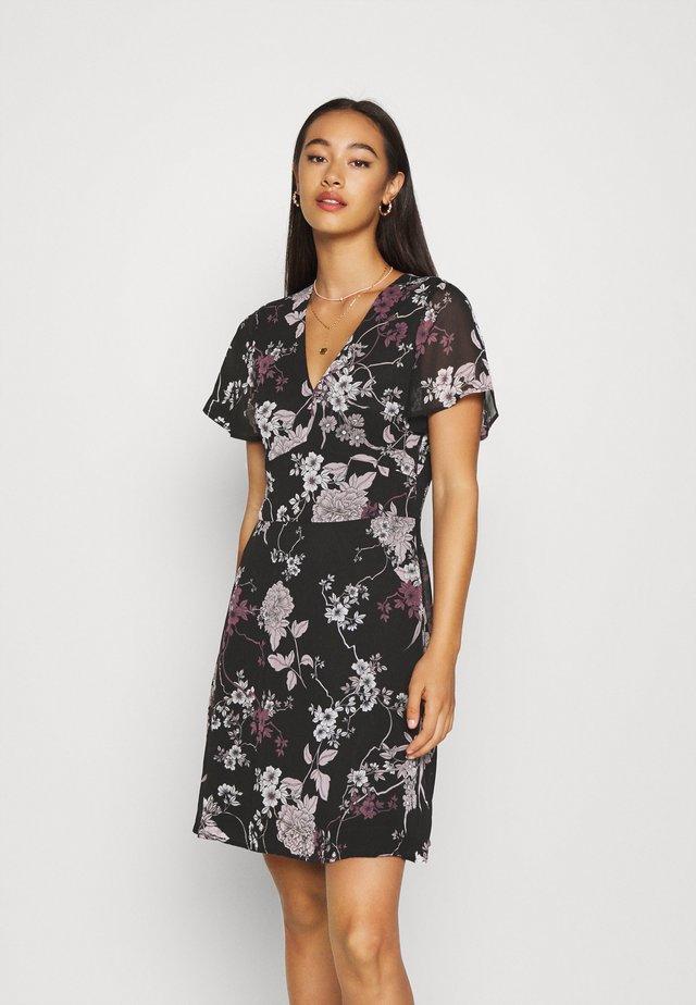VMKATINKA SHORT DRESS - Vestido informal - black