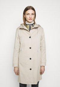 CLOSED - LALO - Klasický kabát - resin - 0