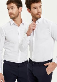DeFacto - PACK OF 2 - Kostymskjorta - white - 0