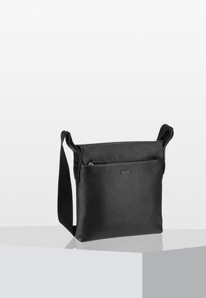 VETRA - Across body bag - black