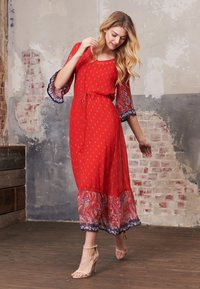 Cream - NALITACR DRESS - Robe longue - aurora red - 4