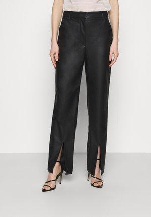 MATIAMU BY SOFIA HIGH WAIST SLIT PANTS - Pantaloni - black