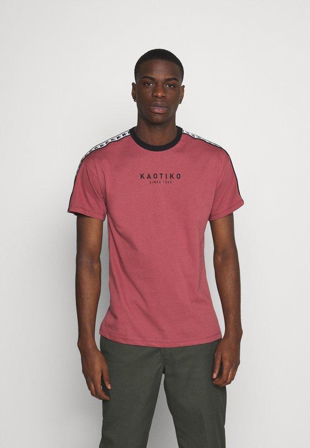 LOGOS - T-shirt print - rust