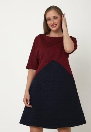Day dress - wein rot   blau