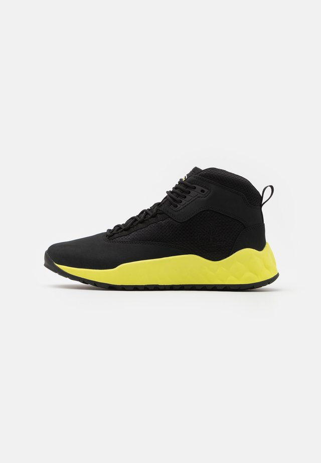 SOLAR WAVE MID - High-top trainers - black