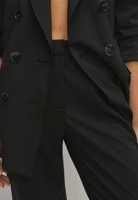 Massimo Dutti - Pantalon classique - black - 4