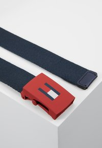 Tommy Hilfiger - KIDS PLAQUE BELT  - Cinturón - blue - 3