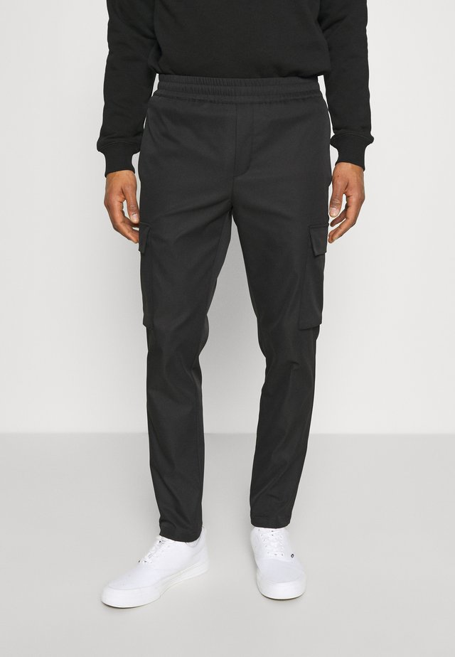 SMITHY TROUSERS - Kapsáče - black