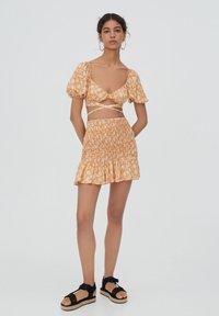 PULL&BEAR - Áčková sukně - orange - 1