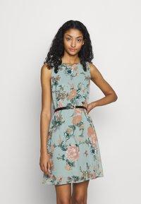 Vero Moda - VMSUNILLA SHORT DRESS - Day dress - chinois green - 0