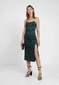 Bec & Bridge - DISCOTHEQUE DRESS - Festklänning - emerald - 1