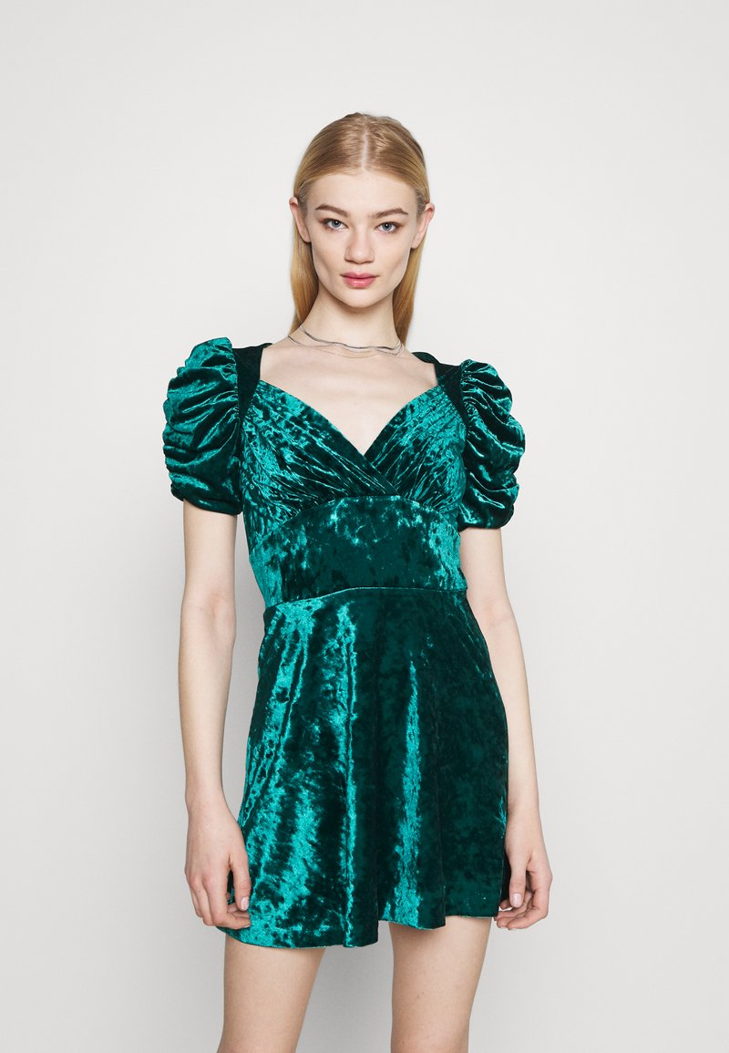 Topshop - IDOL TEADRESS - Cocktail dress / Party dress - dark green