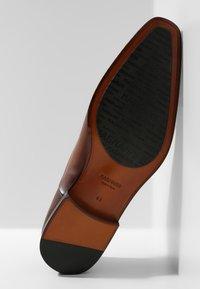 Magnanni - Smart lace-ups - cuero - 4