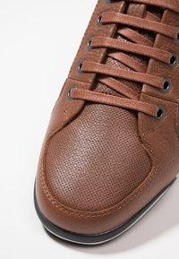 BOSS - SATURN - Sneakers laag - medium brown - 5