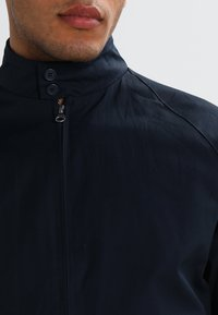 KnowledgeCotton Apparel - CATALINA  - Bomber Jacket - total eclipse - 3