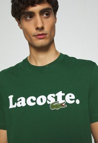 Lacoste - TH1868 - T-shirt imprimé - dark green - 5