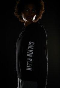 Calvin Klein Performance - HOODIE - Hoodie - black - 4