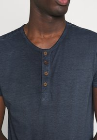 INDICODE JEANS - KESWICK - T-shirt - bas - navy - 5