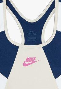 Nike Sportswear - NIKE SPORT-BH FÜR ÄLTERE KINDER (MÄDCHEN) - Bustier - orewood brown/blue void/white/fire pink - 3