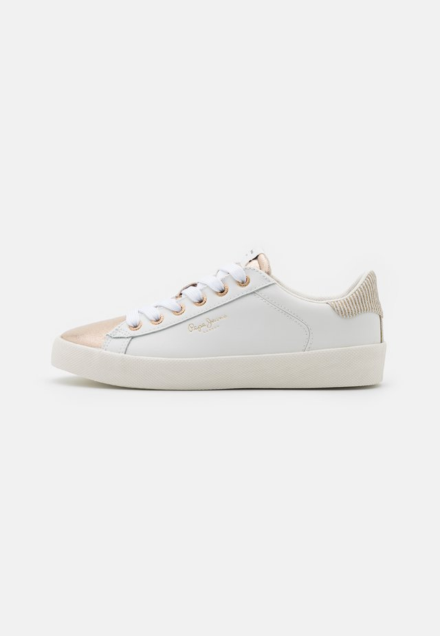 KIOTO TOP - Sneakers basse - gold