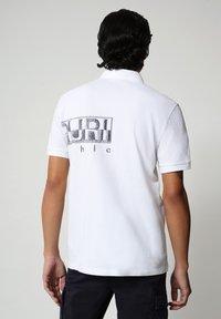 Napapijri - EALLAR - Polo shirt - bright white - 1