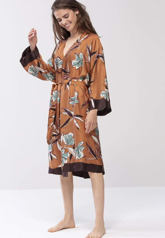Dressing gown - bronze
