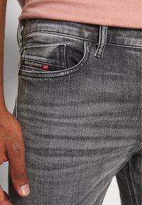Diesel - TEPPHAR-X - Jeans Skinny Fit - black denim - 3