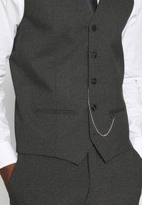 Jack & Jones PREMIUM - JPRBLAKIV FRANCE WAISTCOAT - Vest - dark grey - 4