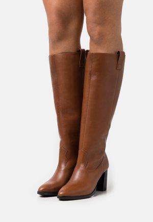 ALLISAN - Boots - tan