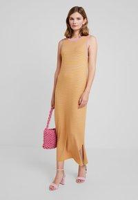 mint&berry - Maxi dress - mustard - 1