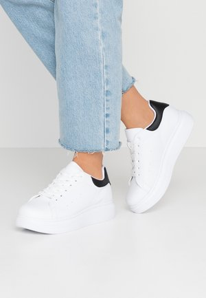 PERFECT - Sneakers laag - white/black