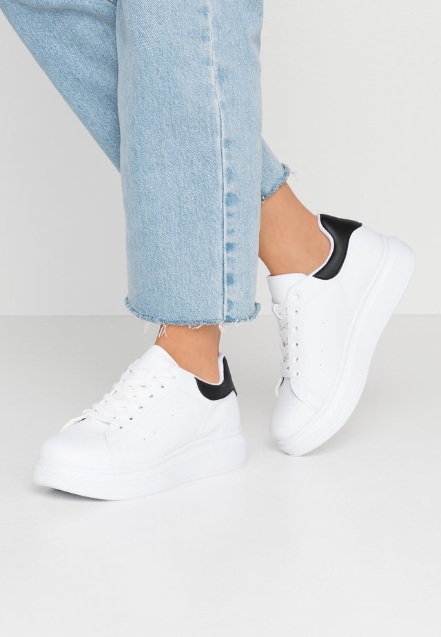 PERFECT - Sneakers - white/black