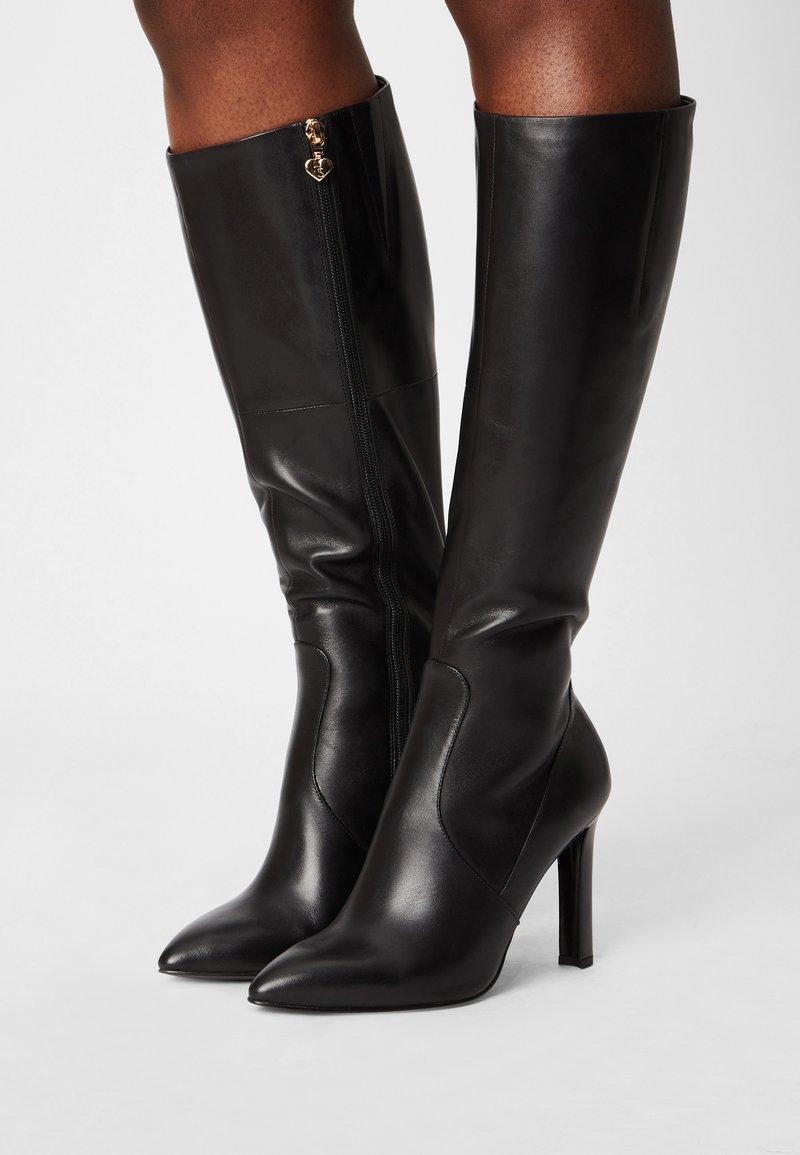 Tamaris Heart & Sole - Vysoká obuv - black