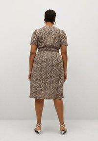Violeta by Mango - CROSS - Korte jurk - schwarz - 2