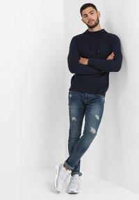 Only & Sons - LOOM BREAKS - Slim fit jeans - dark blue denim - 1