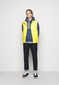 Polo Ralph Lauren - TERRA VEST - Waistcoat - yellowfin - 1