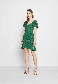 Three Floor - ELSIE DRESS - Kjole - jelly bean green - 2