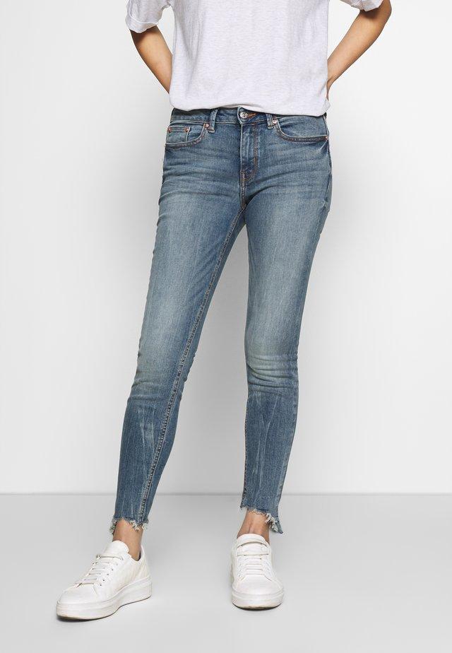 JONA - Skinny džíny - light stone blue denim