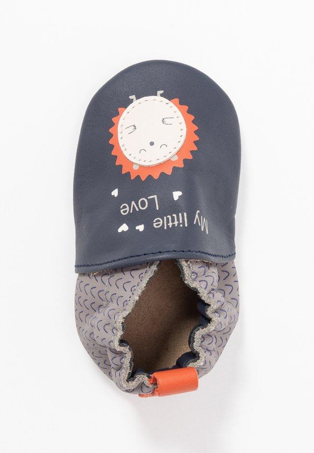 LITTLEHEDGEHOG - Chaussons pour bébé - marine/gris