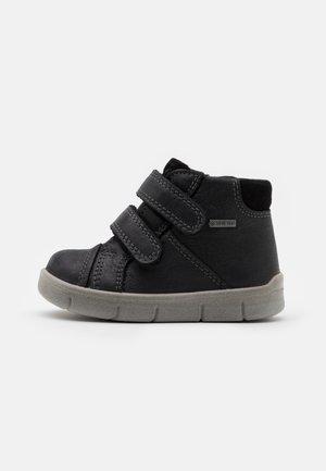 ULLI - Dětské boty - schwarz
