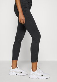 ONLY - ONLROYAL LIFE  - Jeans Skinny Fit - black - 4