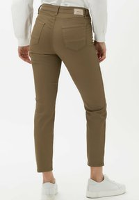 BRAX - STYLE SHAKIRA S - Jeans Skinny Fit - clean tobacco - 2