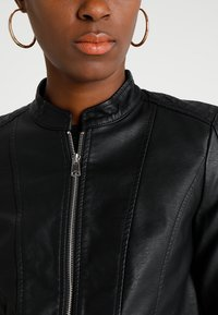 Vero Moda - VMKHLOE JACKET - Faux leather jacket - black - 4