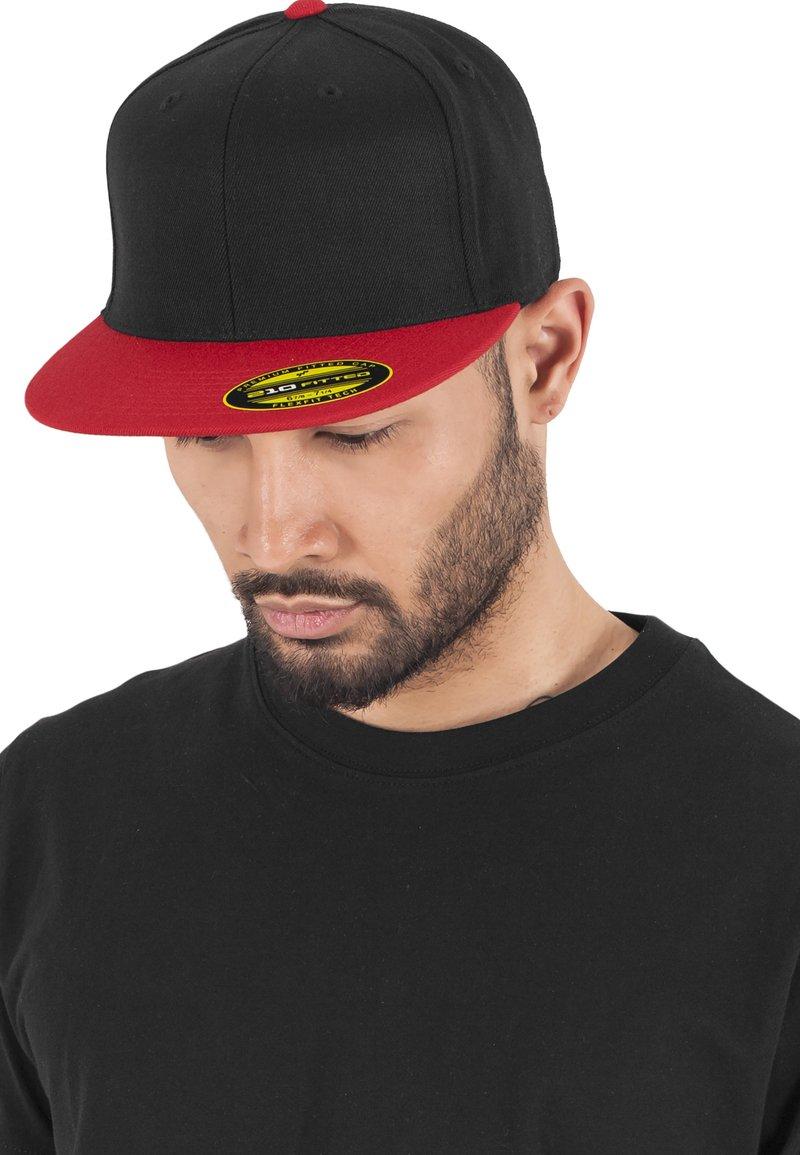 Flexfit - Cap - blk/red