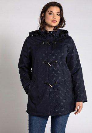 ULLA POPKEN TAILLES SOFTSHELL, MOUETTES, DÉP - Outdoor jacket - bleu marine