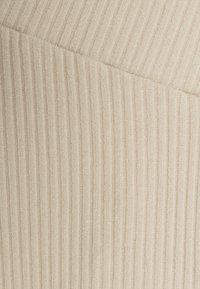 Glamorous Bloom - LADIES FLARES - Spodnie materiałowe - ecru - 2