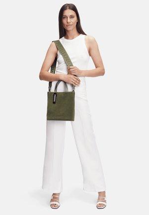 PAPER BAG S - Handbag - tea leaf/green