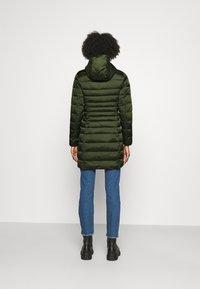 Save the duck - IRIS CAMILLE - Short coat - pine green - 2